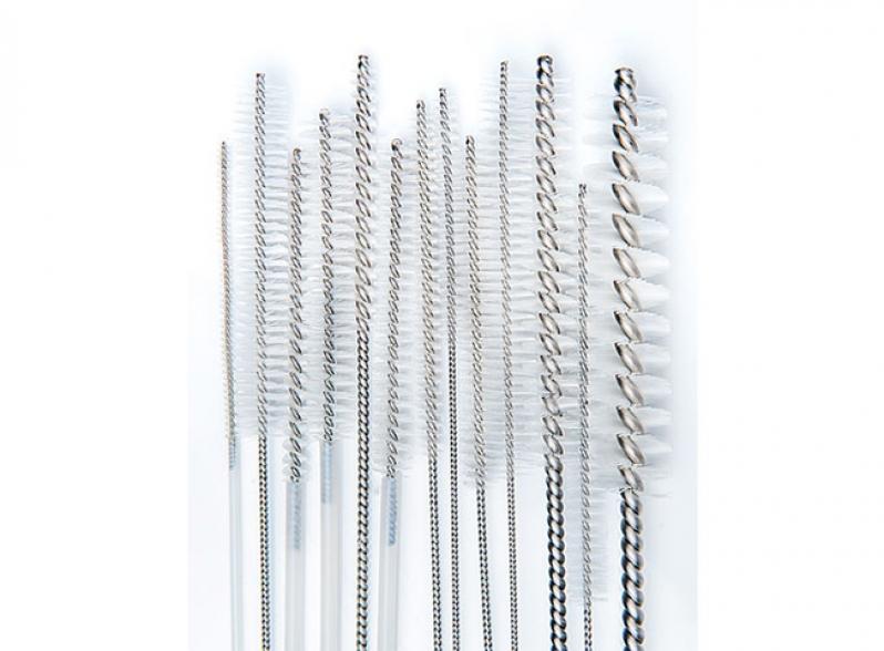 Escovas para limpeza de canulados- dupla extremidade
